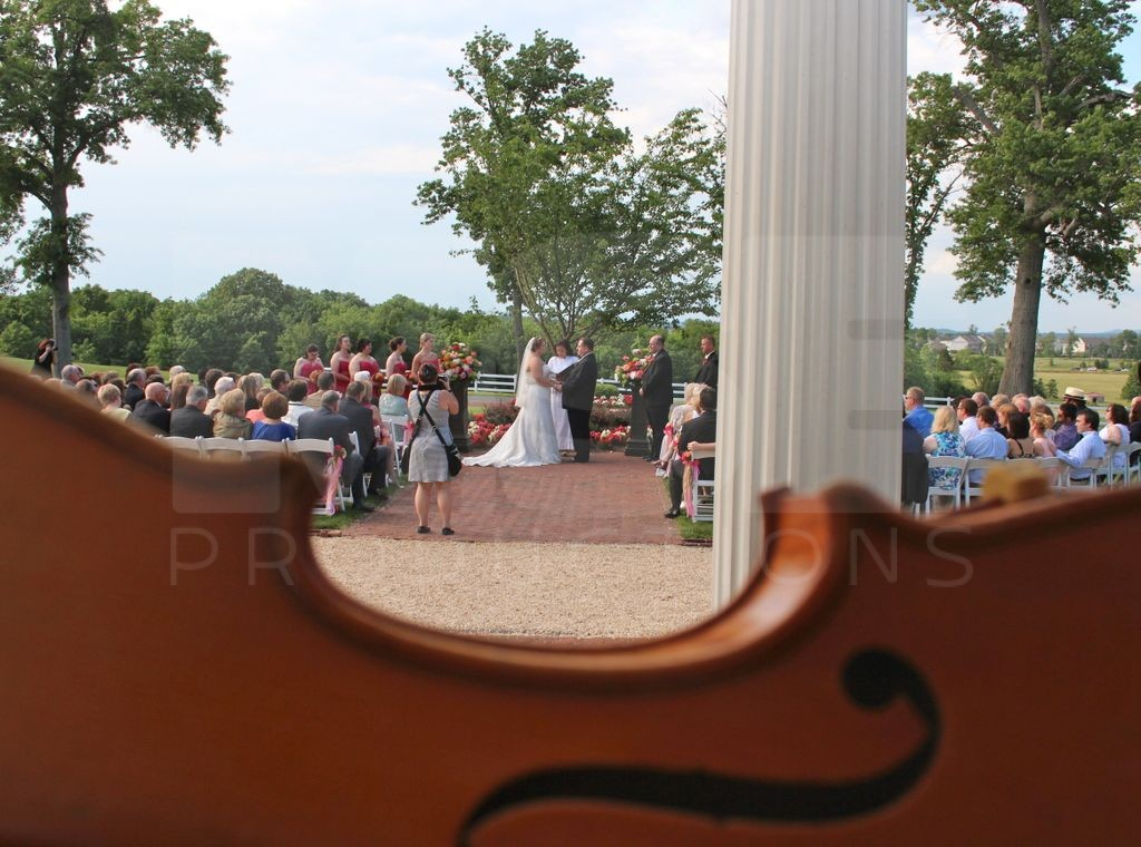 A beautiful wedding String Attack violin style